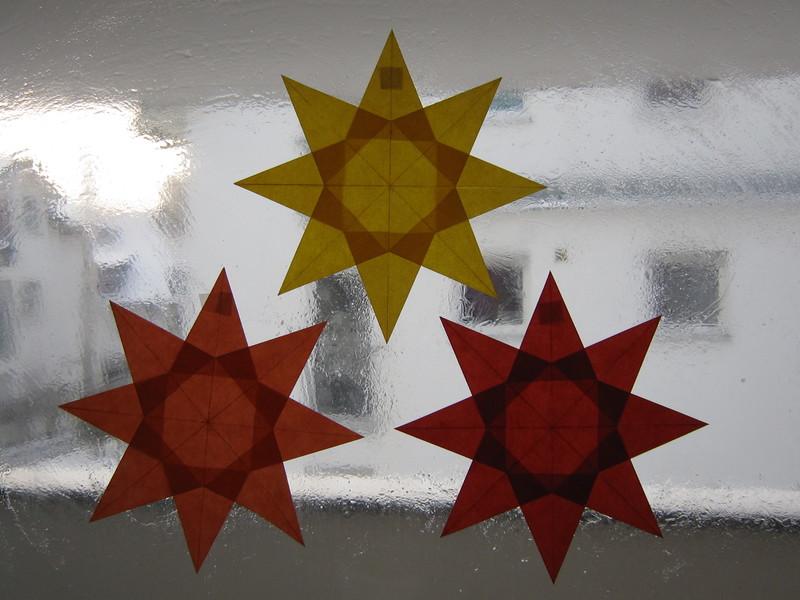 Rotorangegelber Stern 8 Zacken Sterne Aus