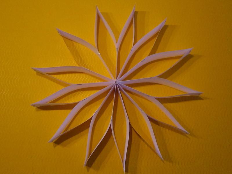 Weihnachtsbasteln Sterne Aus Goldpapier.Kreative Sterne Aus Papier Basteln
