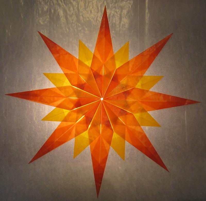 orange gelber stern 16 zacken sterne aus transparentpapier basteln. Black Bedroom Furniture Sets. Home Design Ideas