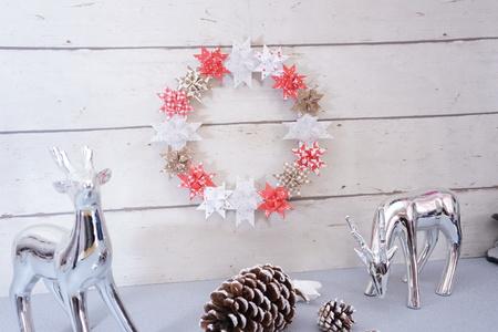 kreative fr belsterne zu weihnachten basteln mit videoanleitung. Black Bedroom Furniture Sets. Home Design Ideas